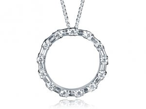 White Gold Ladies Pendant set