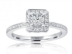 18ct White Gold Ladies Halo engagement ring set with 1x.44ct Princess cut Diamond, Colour E, Clarity VS1 and 44=.30ct round brilliant cut diamonds.