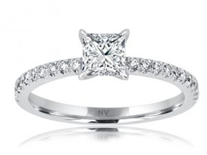 18ct white gold ladies engagement ring