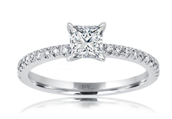 18ct white gold ladies engagement ring