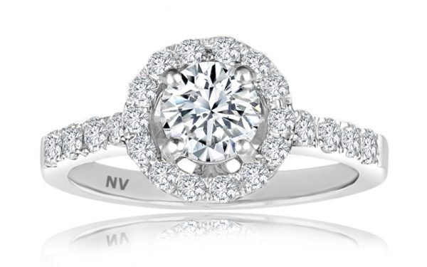 Ladies Halo engagement ring