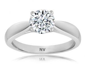 Ladies Solitaire engagement ring