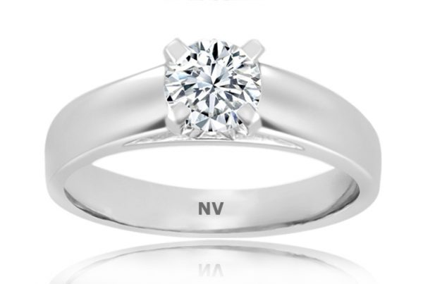18ct White Gold Ladies Solitaire engagement ring